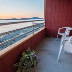 Cascade Creek Inn & Charters - Sitka Alaska Hotel & Charter Fishing Lodge