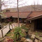 Azalea Falls Lodge - 3000sf rented in its entirety.