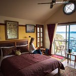 Snug Cove Bed and Breakfast Photo