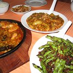 flash rather overwhelmed the colour, but string beans & the hot garlic aubergine we like that sa