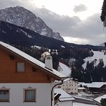 Photo de Kristiania Small Dolomites Hotel