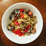 clams ( vongoles) and linguine - delicious