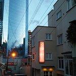 Foto de Rendezvous Hotel