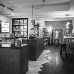 Bar & Concept Store