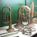 Instrumenten van de oude fanfare van New Norcia.