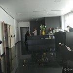 холл, reception, в холле круглосуточно бесплатно чай кофе , говорят по русски