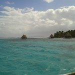 Foto de Glover's Atoll Resort