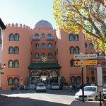 Zdjęcie Hotel Alhambra Palace