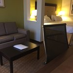 Photo de Holiday Inn Express & Suites Laurel