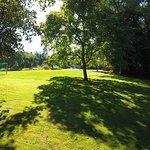 Garten mit Fußballplatz, Slackline und Volleyballfeld