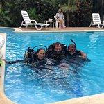 Entrainement en piscine avant d'affronter la mer.