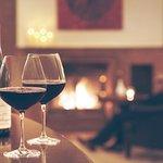 Wein am Kamin im Raffael's