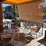 Bonjour Cafe Image