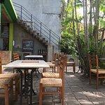 Photo de Barefoot Garden Cafe