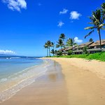 Kahana Village features some of the most beautiful 2/3 Bedroom oceanfront vacation condos on Mau