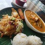 Foto de Phra Khun Thai Bistro