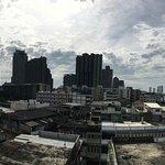 Foto de The Aiyapura Bangkok