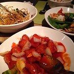Pékin duck - sweet sour chicken - middle - spicy chicken