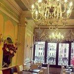 Breakfast room!