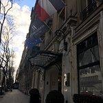 Photo de Renaissance Paris Le Parc Trocadero Hotel