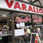 Varallo's Tooの写真