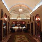Bild från Marines Memorial Club Hotel