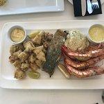 Photo de Kitchen Windows Beach Restaurant