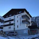 Hotel Alpenrosli