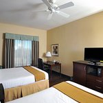 Photo of Holiday Inn Express & Suites Seguin