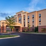 Photo of Hampton Inn and Suites Chicago-Libertyville