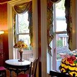 Union Gables Victorian Mansion Inn common room