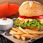 Nosso delicioso Hambúrguer de Frango (180g de filé)