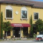 Your Neoghborhood Wine Store