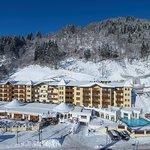Sporthotel Alpenblick mit Outdoor Pool und Hotelgarten