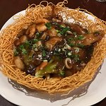 Seafood with Pan-fried Crispy Noodles.
