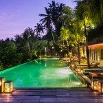 Jungle Fish pool bar by night
