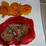 Le pigeon mi-cuit. Quel délice!