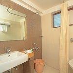 guest room - wash room