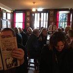 Hyggelig restaurant med god mad på Dublins ældste pub