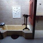 ーハネムーンでの利用ー 敷地が小さい分客室が少なく、プライベート感のあるホテルでした。スパも初めて体験しましたが、大変満足です。 ただ1つ、歯ブラシがないのは残念! 利用を考えている人は現地の