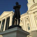 Photo of Statue of Raffles