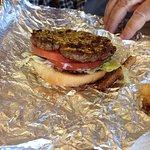 Foto de Five Guys Burger and Fries
