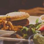 Burger Cantalou frites maison