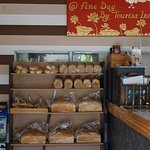 awesome place and amazing home made bread!!
