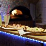 Pizze i domowa lemoniada