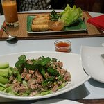 Spicy beef salade (Larb nuea)