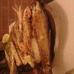 Grigliata di pesce su pietra