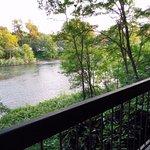 Riverside Inn Foto