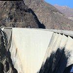 Photo de Verzasca Dam