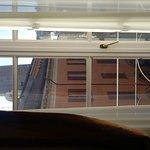 Camera con vista sulla garisenda e torre degli asinelli